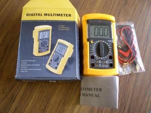 NEW DIGITAL MULTIMETER W/CAPACITANCE TEST, VC890D